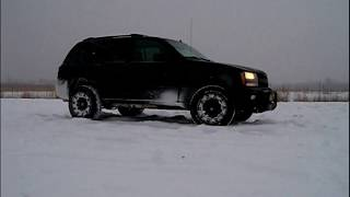 Lifted Chevy Trailblazer Fun in Snow