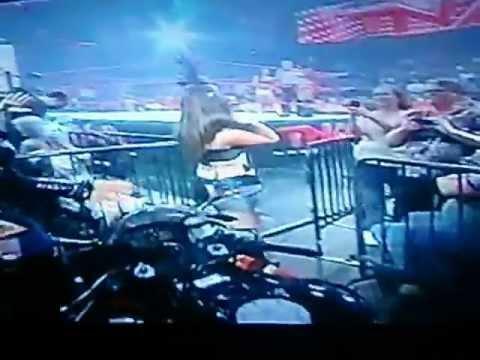 TNA Kiss Of The Week Of Tara & Madison Rayne