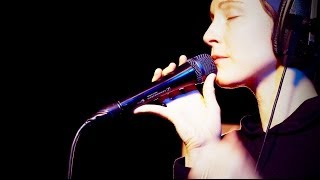 Watch Polica Spilling Lines video