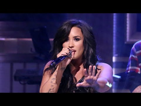"""Demi Lovato RESPONDS To Cultural Appropriation Claims After """"No Promises"""" Audio Backlash"""
