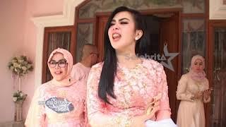 Download Song Syahrini Sebut Sang Adik Ikan Paus   Selebrita Siang Free StafaMp3