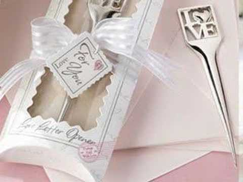 their eternal love with over 100 Elegant Wedding Favours to choose fro