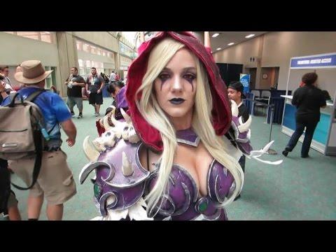 Admiring the Cosplay Women of Comic Con 2015