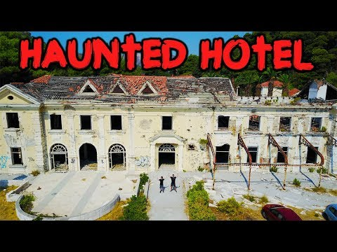 A GHOST IN THE HAUNTED BILTMORE HOTEL // 24 HOUR OVERNIGHT CHALLENGE IN THE HAUNTED BILTMORE HOTEL!
