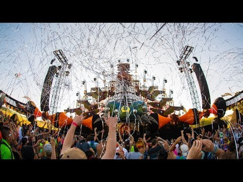 Q-dance at TomorrowWorld 2013 | Official Q-dance Aftermovie