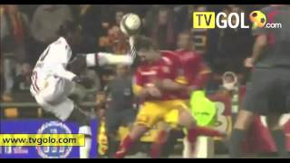 Comedy Football 2009 - (part 2 2) - Funny, humor and bizarre soccer from 2009 by tvgolo.avi