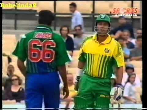 Darren Lehmann is a *pussy*, says Wasim Akram- sledges Australia 1996 SCG