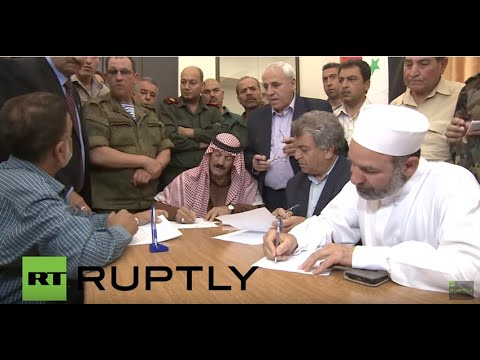 Syria: Six armed groups sign peace deal in Ruheiba, residents receive aid