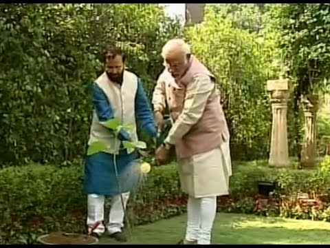 Narendra Modi to Initiate Plantation Drive on World Environment Day   NewspointTV