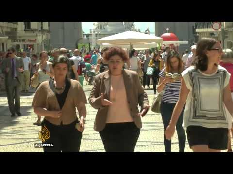 Portugal eases out of economic crisis