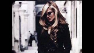 Watch Melody Gardot Over The Rainbow video