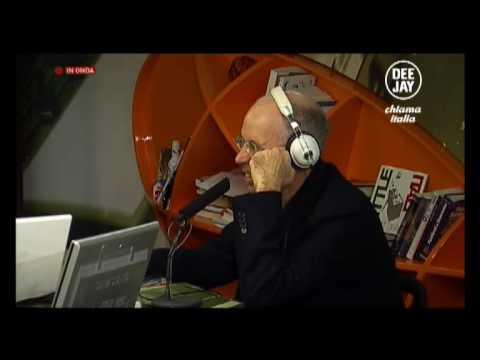 Gabriele Salvatores, Fabio De Luigi e Valeria Bilello ospiti a Deejay chiama Italia. Video