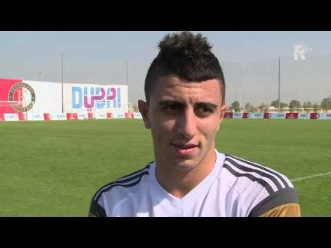 Sinclair Bischop spreekt in Dubai met Bilal Başacıkoğlu