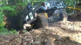 Land Rover Defender 90 300TDI & 3.9 V8 extreme offroad trial race
