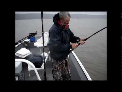 Paddlefish fishing on Grand Lake, Grove, Ok.  with Dempsey's Too fishing guide service