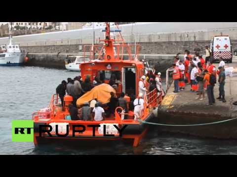 Spain: Migrants rescued off Tarifa coast, pregnant woman onboard