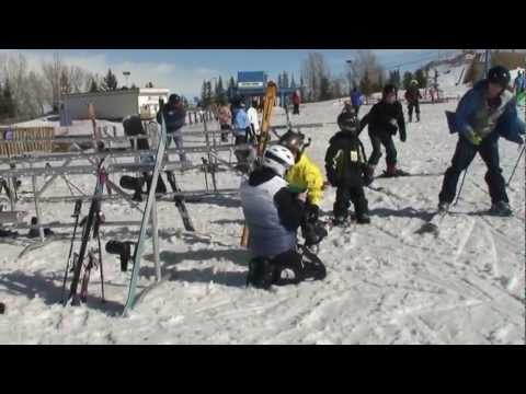 SKIING ATTRACTION - Olympic Park Calgary Canada - Travel guide
