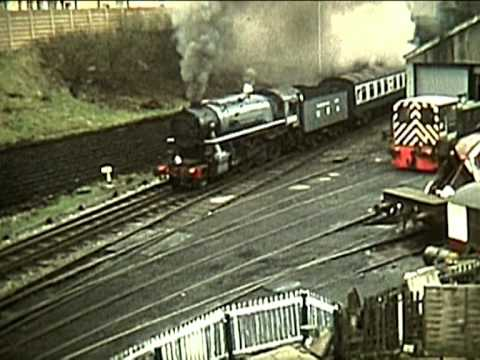 Big Steam on the East Lancs Trailer