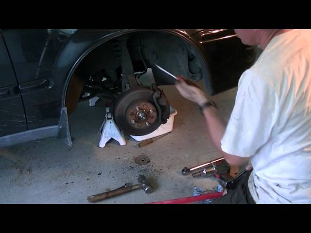 Axle Replacement - 97 Honda Civic - YouTube