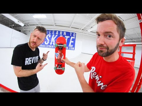 Baby Size Skateboard Game Of S.K.A.T.E.! / Andy Schrock Vs Justin Lonaker