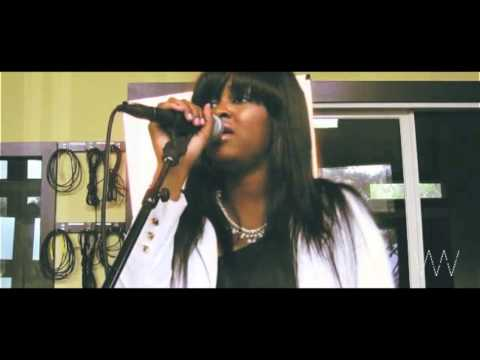 Whitney Wright Performs Top Songs From 2013 [User Submitted]