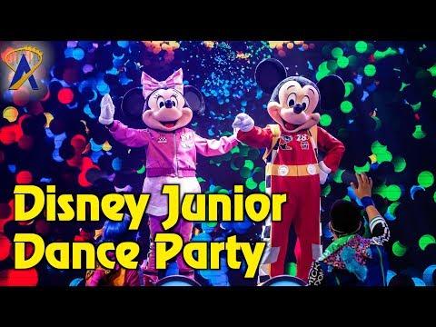 Disney Junior Dance Party - Full Show at Disney California Adventure