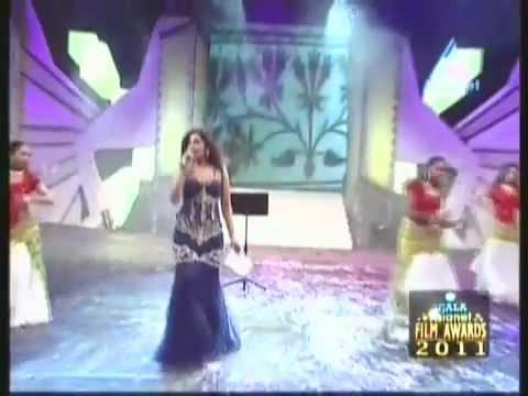 Shreya Ghoshal-Song Kizhakku Pookkum - laldubai1234gmail.com
