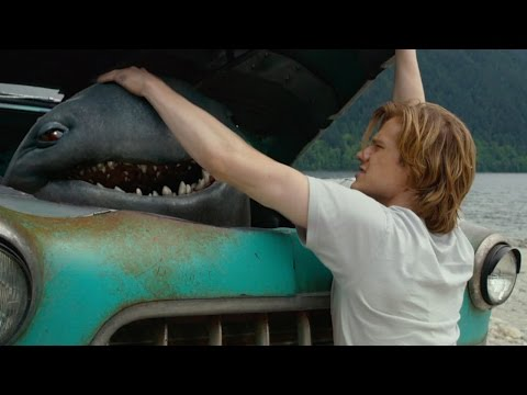 Monster Trucks (2017) -