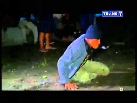 Dua Dunia Eps. Selasa, 3 Maret 2015 • Kisah Mistis Tradisi Bekakak Full video