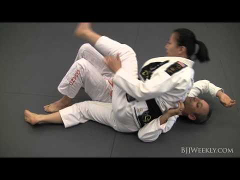 Emily Kwok - BJJ Mount Flow Drills - BJJ Weekly #055 Image 1