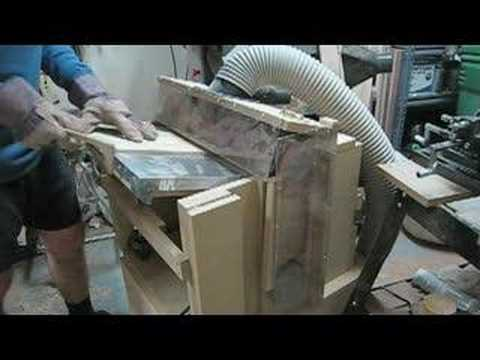 Ramirez Bass Guitars: Thickness Sanding a top
