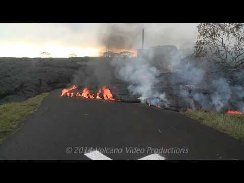2014-11-09 lava crosses road