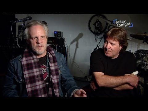 Bon But Not Forgotten 2017 AC/DC Show - Mark Evans & Simon Wright Interview (July 2017)