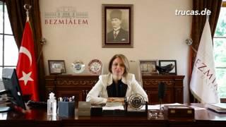 Rektorin Prof. Dr. Rümeyza Kazancıoğlu stellt die Bezmialem Vakif Universität vor