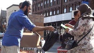 Food For Homeless Street Dawah Brooklyn NYC Islam Christianity Bible Quran IRFNY Muslims Giving Back