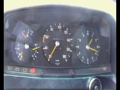 Mercedes W123 300D Cold Start