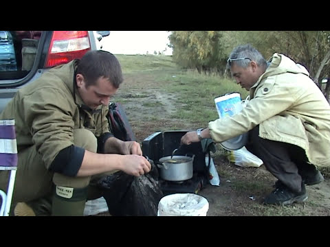 Рыбалка на реке Омь.Варим раков.