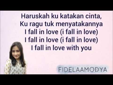 PRILLY LATUCONSINA - FALL IN LOVE
