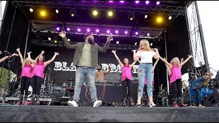 Download lagu The Git Up - Blanco Brown LIVE Featuring Lauren Alaina & Boot Boogie Babes
