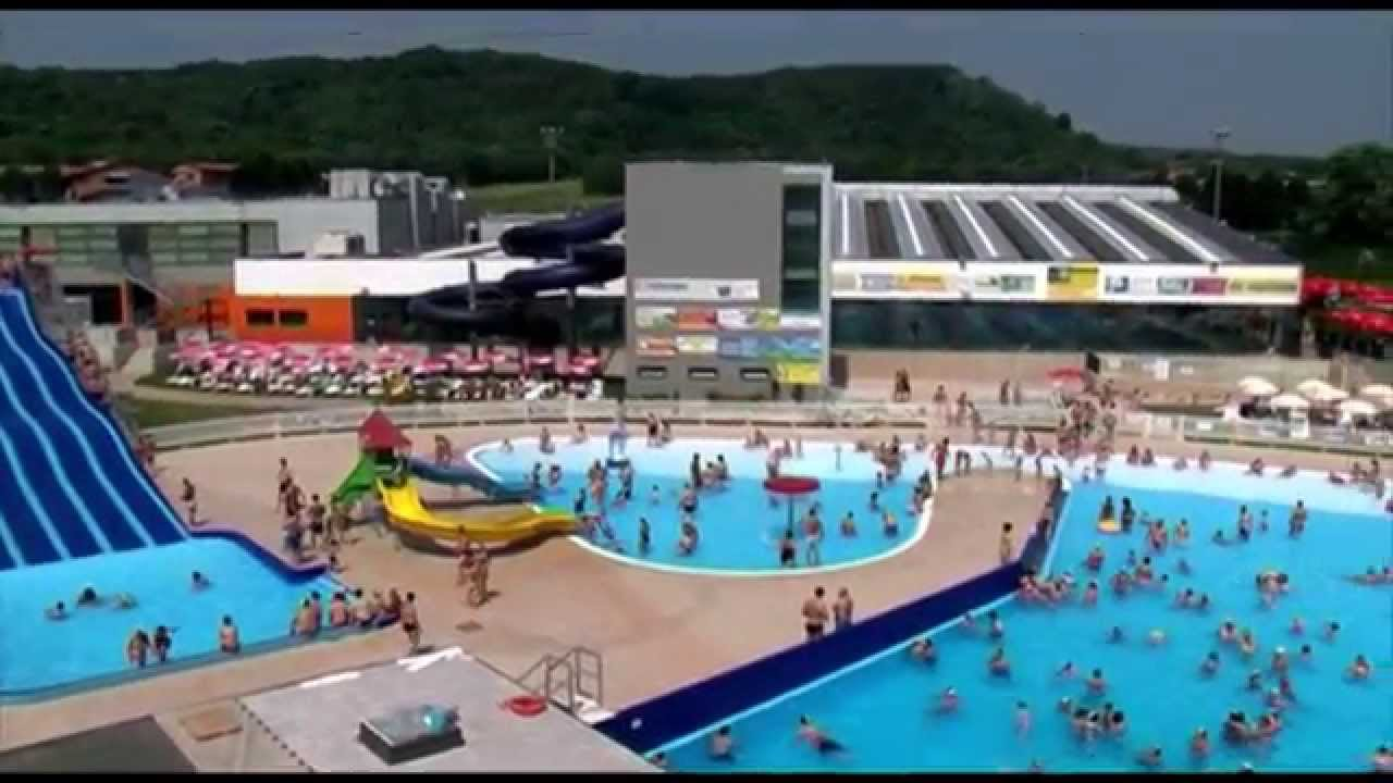 Wave parco acquatico sesto calende youtube for Piscina wave