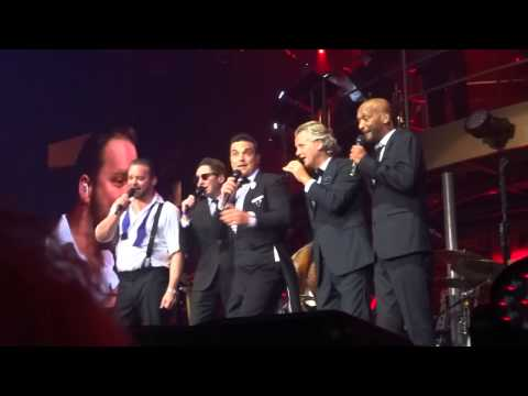 Robbie Williams - Ignition (FRONT ROW) - 22-Sept-14 Brisbane HD
