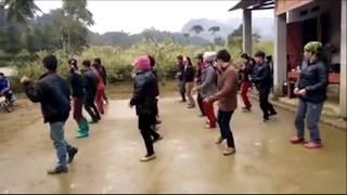 Thật sự sốc với điệu nhảy Boney 79 sáng tạo từ những người nông dân