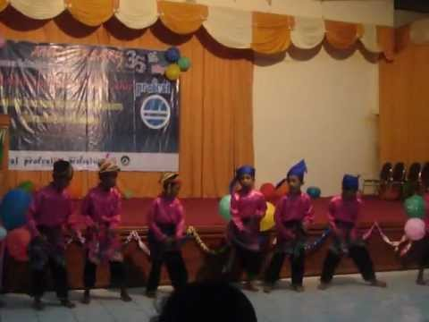 Ganrang Bulo Funniest Traditional Dance In Indonesia video