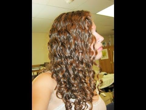 Curly Care: Styling Curly Hair Wet   Arreglarse el Pelo Rizado Mojado (Subtítulos en Español)