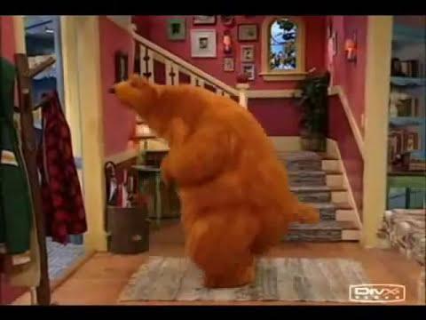 Aprende a masturbarte con el oso de la casa azul (1 de 2)