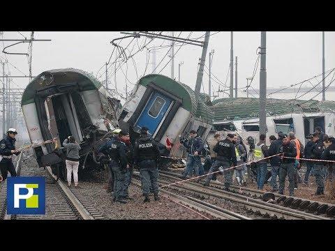 Tren descarriló en Italia causando la muerte de al menos tres personas y decenas de heridos