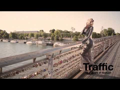 Traffic Aniversario Paris (Behind The Scenes) Leonora Jimenez