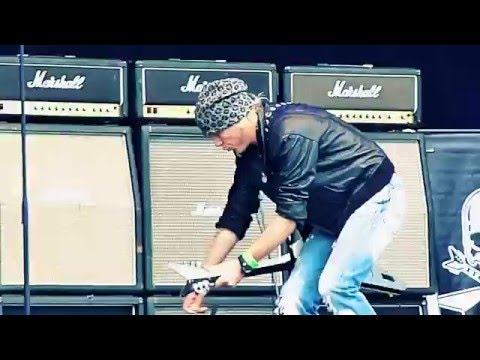 Michael Schenker Group LIGHTS OUT! / INTO THE ARENA...SwedenRockFestival2010