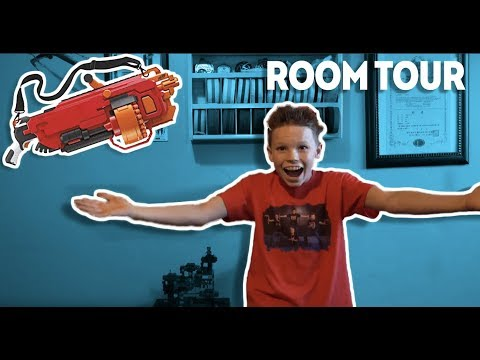 Room Tour - Ashton Myler!