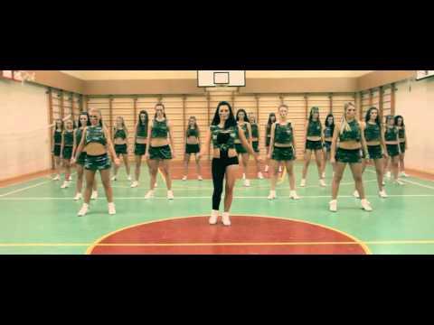 Beyonce-Who run the world.Клип группы поддержки.